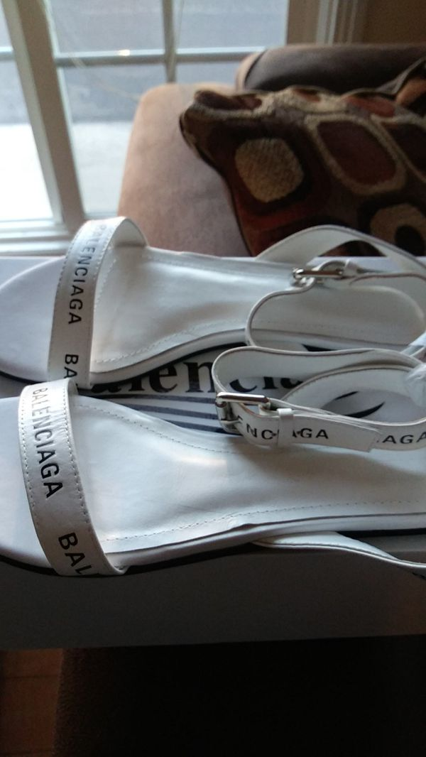 Balenciaga white strap sandals size 37