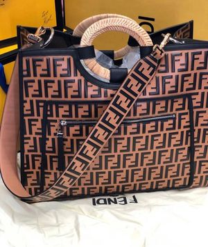 FENDI CARRYALL for Sale in Atlanta, GA
