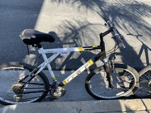Bike excellent condition for Sale in San Clemente, CA