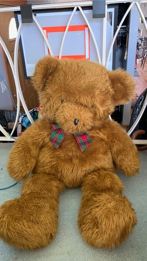 Big Brown Teddy Bear for Sale in Chicago, IL