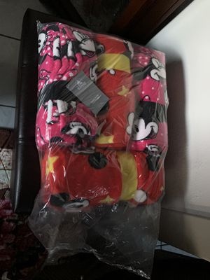 Disney Minnie Mouse Baby Blanket for Sale in Glendale, CA