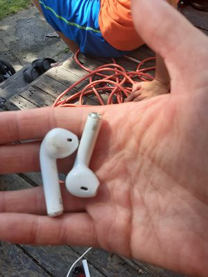 Wireless head phones for Sale in Cleveland, OH