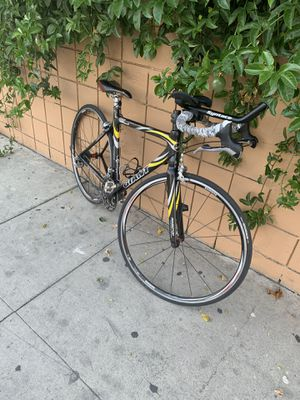 Giant TCR Composite 2 for Sale in Los Angeles, CA