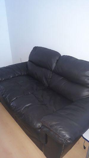 Single black leather sofa for Sale in Miami Beach, FL