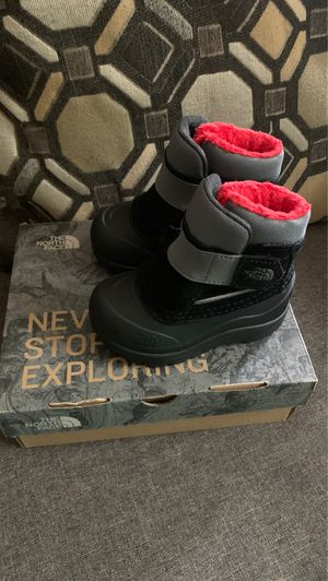 Kids winter boots for Sale in Houston, TX