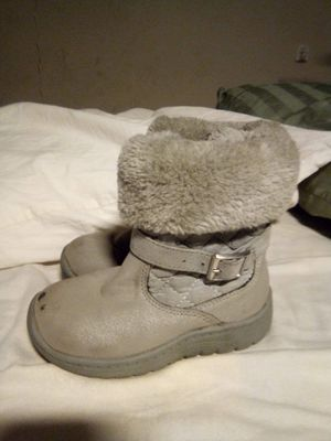 Bear Paw, toddler girl boots. Size 9 for Sale in Oxnard, CA