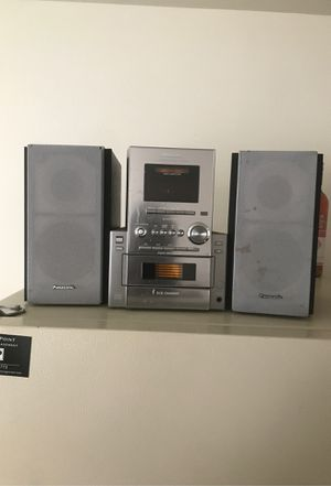 Panasonic Home Radio w/ 2 subs an tweeters for Sale in Menasha, WI