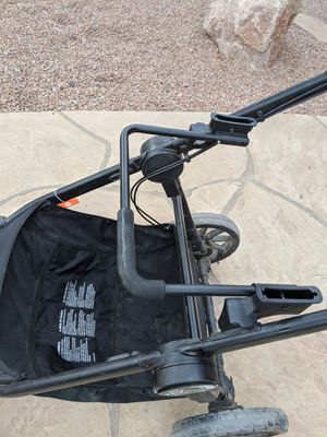 City select baby jogger infant seat attachment for Sale in Gilbert, AZ