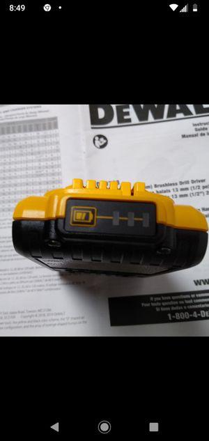 $30 Batería Dewalt 20v. 2.0 for Sale in Miami, FL