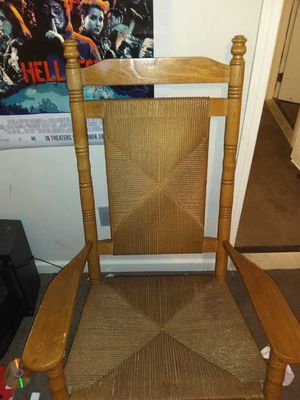 Clean perfect condition decorative polished wood rocking chair for Sale in Collierville, TN