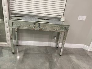 2 console tables the same for Sale in St. Petersburg, FL