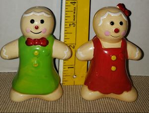 "Gingerbread Boy and Girl Salt and Pepper Shakers 3.5"" Holiday Christmas for Sale in Largo, FL"