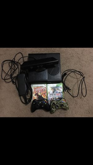 Xbox 360 come with two controller and 2 games works fine condition 9/10 for Sale in Houston, TX