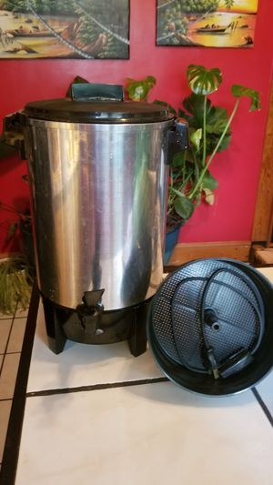 West Bend 30 cup Electric Commercial/Office/Party Percolator Coffee Urn Model #58030 (Retail: $62). More than 50% off! for Sale in Norfolk, VA