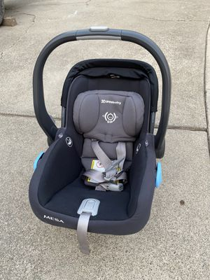 Uppa baby Mesa car seat with base for Sale in San Jose, CA