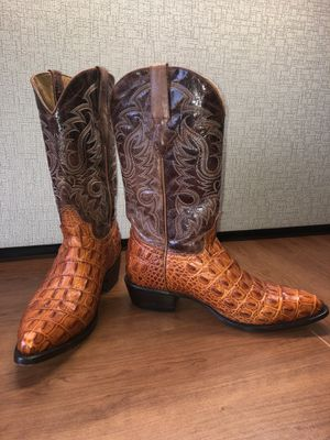 Cowboy boots 10 1/2 US size brand name Texas legacy 100% leather for sale $130. Botas Vaqueras marca Texas Legacy 10 1/2 talla, cuero 100% real a la for Sale in Alexandria, VA