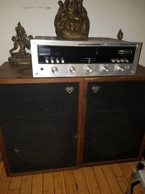 Marantz 2220b. And Pair of heresy klipsch for Sale in Chicago, IL