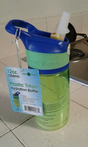 $4!!! New Plastic Tristan water bottle 2 for Sale in Reedley, CA