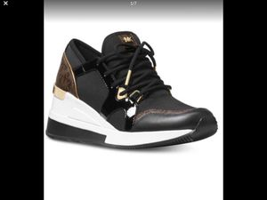 MICHAEL Michael Kors Liv Trainer Sneakers Size 7M Brand New 7 for Sale in Santee, CA