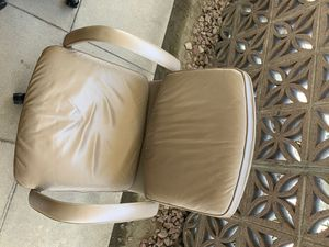 Office chair $25 OBO for Sale in Monterey Park, CA