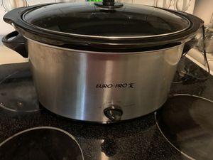 Large crock pot for Sale in Fort Lauderdale, FL
