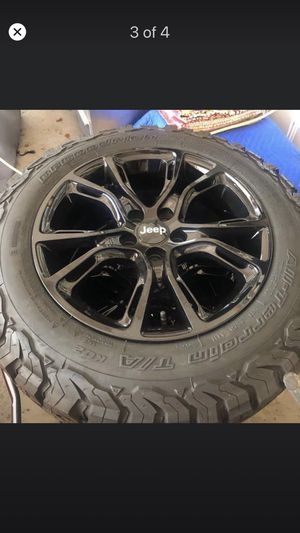 Jeep Tire's and wheels. for Sale in IL, US
