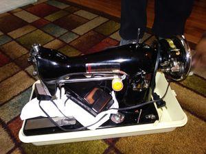 Ismda Archie Johnson & SONS SEWING MACHINE for Sale in Richmond, VA