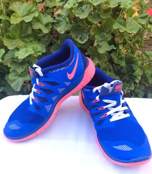 NIKE FREE 5.0 ** SIZE 5Y ** $30 for Sale in Bakersfield, CA