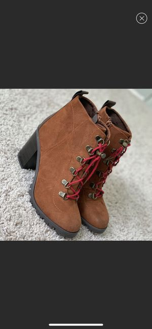 Size 7.5 brown boots for Sale in Cambridge, MA