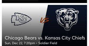 Bears vs Chiefs 100 Level South End Zone for Sale in Chicago, IL