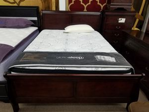 Cherry queen size complete bedroom sets for Sale in Takoma Park, MD