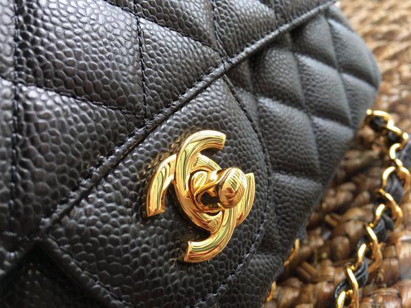Chanel caviar leather flap bag size 25cm