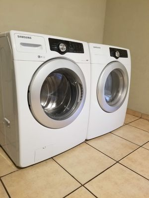 SAMSUNG WASHER AND DRYER for Sale in Glendale, AZ