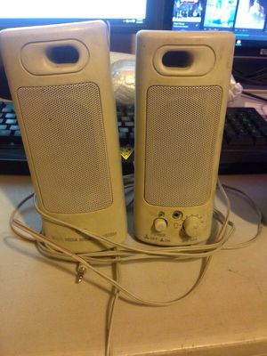 Speakers with Aux cord for Sale in Phoenix, AZ