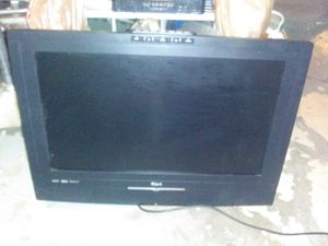 """32"""" inch RCA flat screen TV L26WD23 for Sale in St. Louis, MO"""