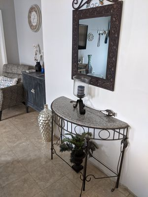 Table and Mirror for Sale in Tampa, FL