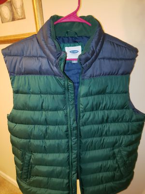 Puffer Vest size large for Sale in Indianapolis, IN