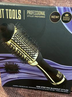 New Hot Tools One-step Pro Blowout Styler for Sale in North Las Vegas,  NV