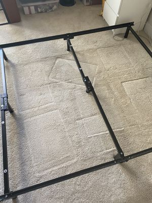 Adjustable bed frame. Can adjust to hold twin, full or queen for Sale in Washington, DC