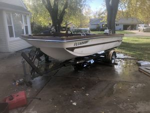Tri Hull Boat for Sale in Aurora, IL