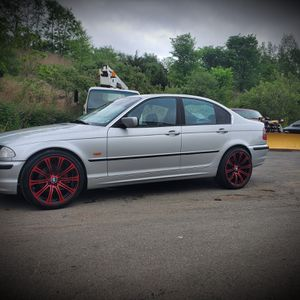 """19"""" staggerd 2011 m3 rims trade only the rims for other 19"""" or 20"""" rims for bmw for Sale in Middletown, CT"""
