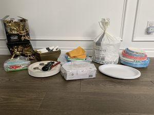 Lot of party / wedding supplies! Plates, cutlery, serving containers etc. for Sale in Kent, WA