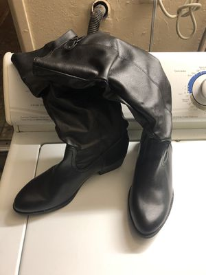 BOTAS 👢 DE MUJER SIZE 10 for Sale in Upland, CA