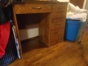 Desk for Sale in Lynnwood, WA