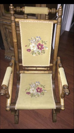 Rocking chair classic for Sale in Buford, GA