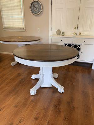 Farmhouse pedestal breakfast table for Sale in Roswell, GA