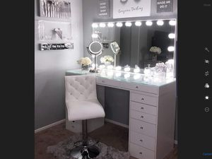 Impression vanity brand new furniture with Hollywood mirror light - white or black for Sale in Huntington Park, CA