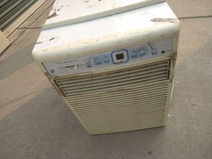AC unit works great for Sale in Stockton, CA