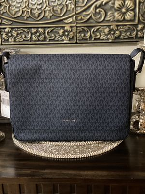 Brand New Authentic Michael Kors Messenger Bag Blue for Sale in Downey, CA
