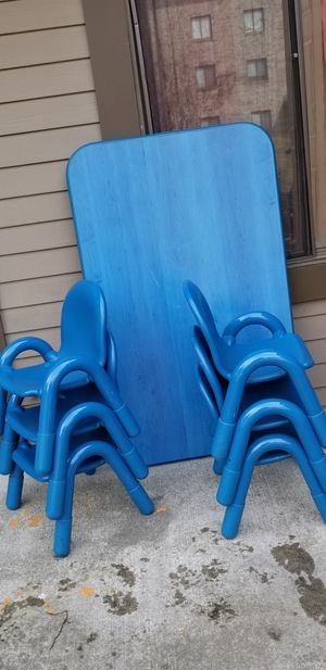 KID TABLE AND 6 CHAIR for Sale in Lynn, MA